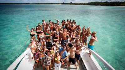 punta-cana-party-boat-13-e1511157204865